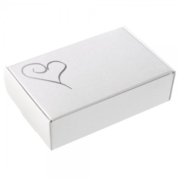 592111-Cake-Box-Silver-White-Heart